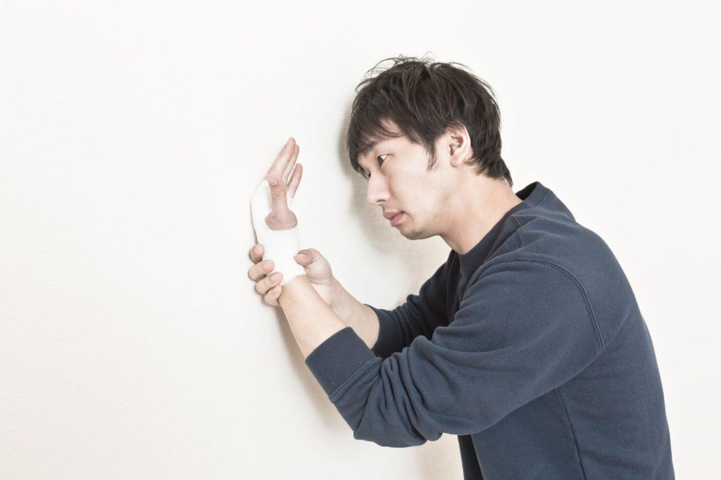 ギター初心者の弾き始めで指が痛い、これって常識?非常識?