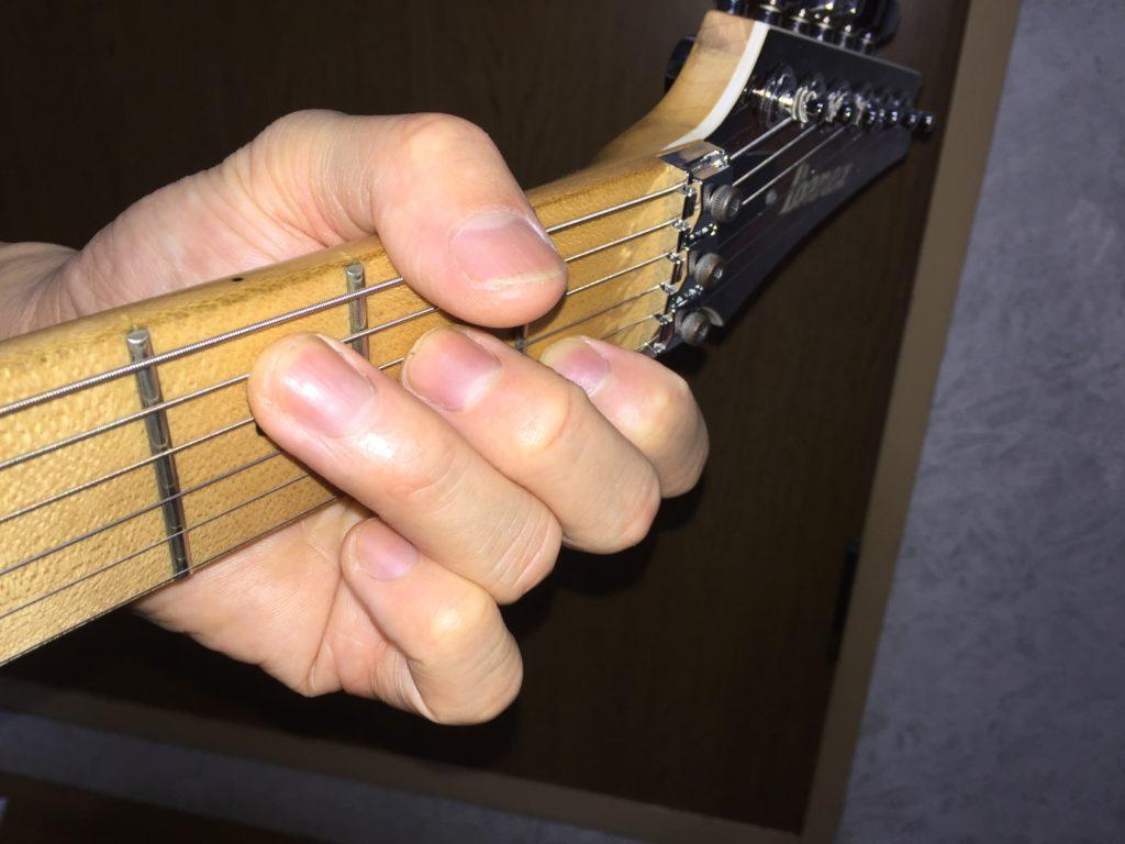 ギター初心者がC,Am,Dmコードをちゃんと弾くためのコツ